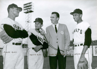 Clay Huntington interviews the Alou brothers in 1963—L. to R: Felipe, Matty and Jesus.